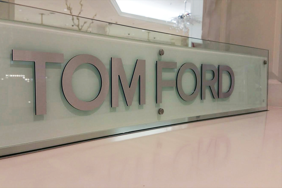 Corporate Retail Signage, Harrods - Tomford close up
