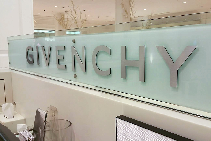 Corporate Retail Signage, Harrods - Givency Side view of Counter